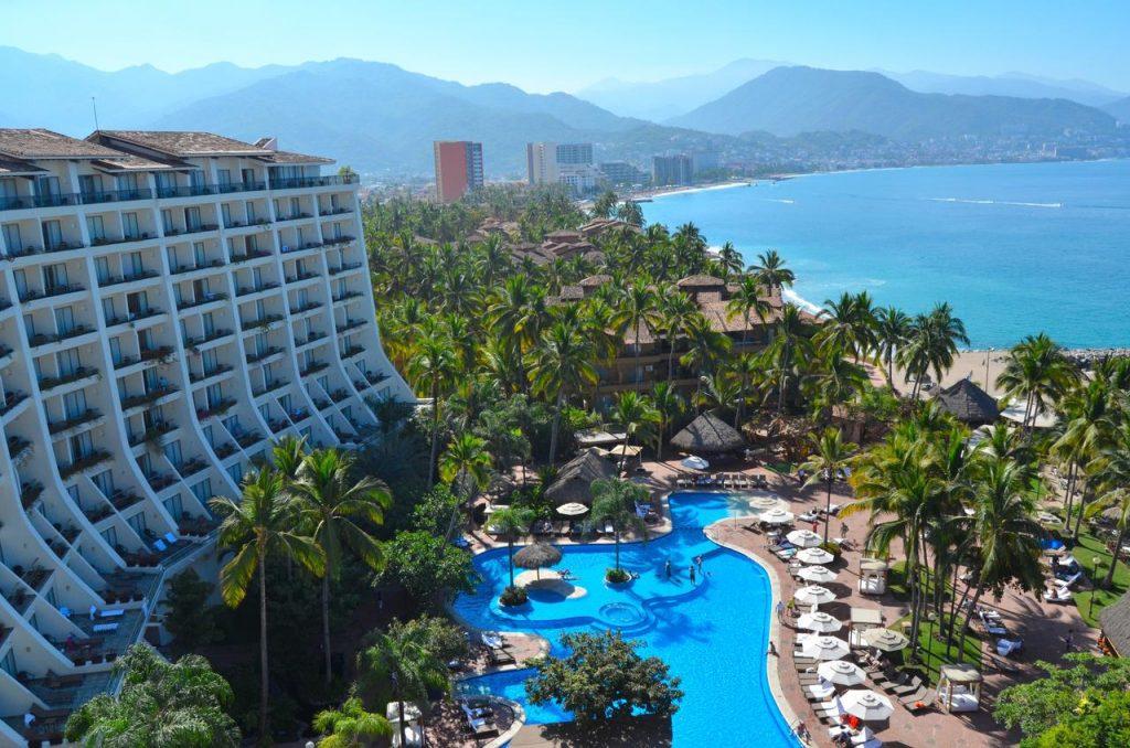 the fiesta americana puerto vallarta beach resorts
