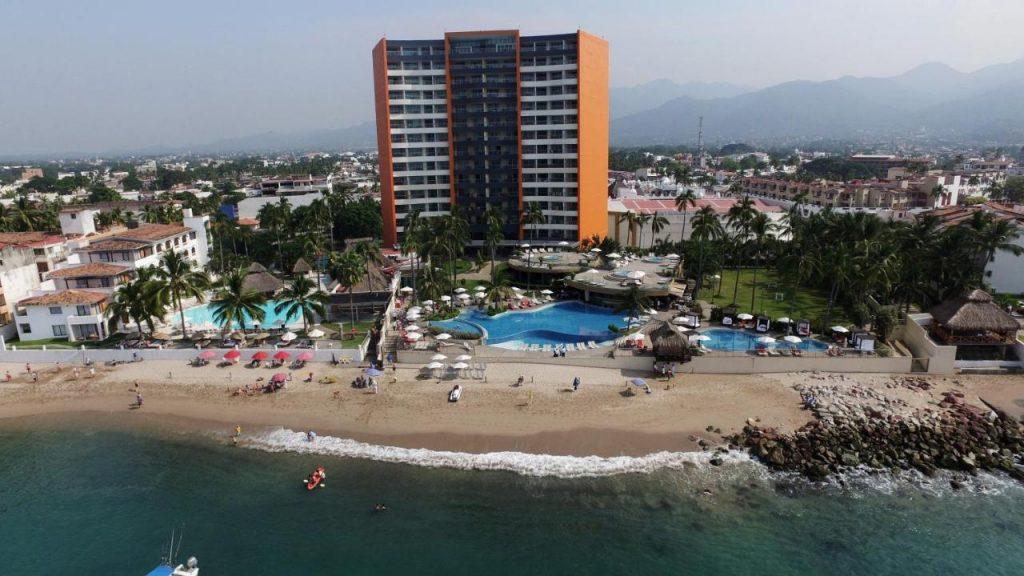 sunset plaza beach resort las glorias puerto vallarta resorts